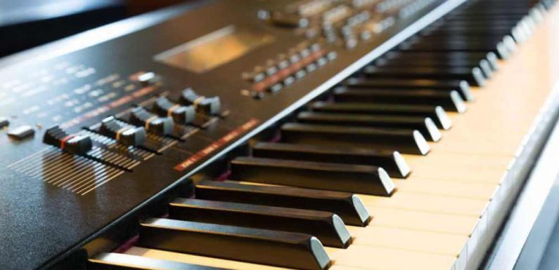 Piano Learning Software – Will It Switch the Traditional Piano Teacher?